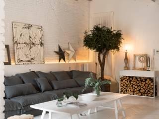 Skandinavische Wohnzimmer von Marta Castellano-Mas interiorista Skandinavisch
