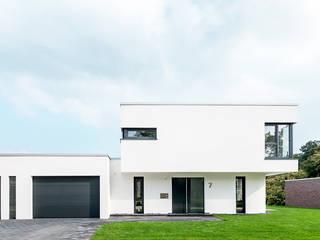 Projekty, nowoczesne Domy zaprojektowane przez Hellmers P2 | Architektur & Projekte