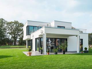 Haus K Minimalistische Häuser von Hellmers P2 | Architektur & Projekte Minimalistisch