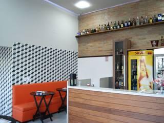 Lozí - Projeto e Obra Bodegas de estilo moderno