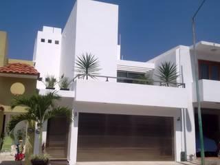 Casa Minimal 1: Casas de estilo  por T+E ARQUITECTOS