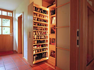 Lignum Möbelmanufaktur GmbH Dressing roomWardrobes & drawers