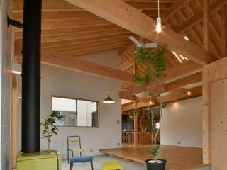 和泉町の家: T's lab一級建築士事務所が手掛けたオフィススペース&店です。,
