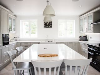 English Developments by Kitchen Living Classic
