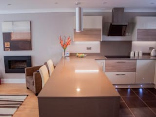 Customer H Modern Kitchen by Kitchen Living Modern