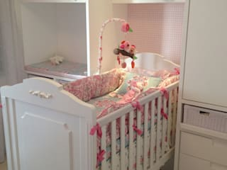 Quarto de bebê Guarujá Quarto infantil moderno por CARADECASA Moderno