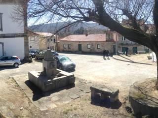 Requalificação Largo Diogo Osório - Lageosa do Mondego: Casas  por ARKIVO,Rústico