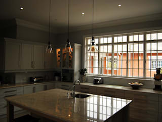 Capital Kitchens cc Cocinas de estilo clásico