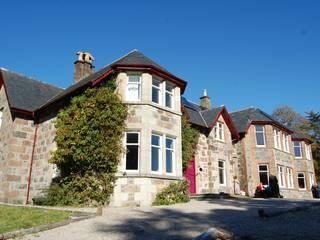 Glencanisp Lodge refurbishment Lochinver: country Houses by Matheson Mackenzie Ross Architects