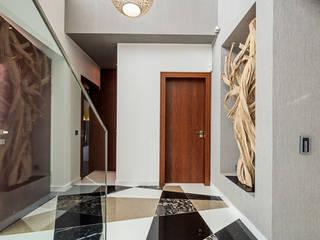 Pasillos, vestíbulos y escaleras modernos de Atelier Ana Leonor Rocha Moderno