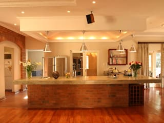House Gover:  Kitchen by Environment Response Architecture