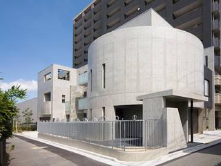ドーム状になったコンクリート打ち放しの外観: JPホーム株式会社が手掛けた家です。