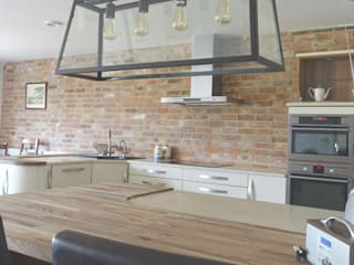 Mr and Mrs Jones industrial style kitchen in Lutterworth Industrial style commercial spaces by Premier Kitchens & Bedrooms Industrial