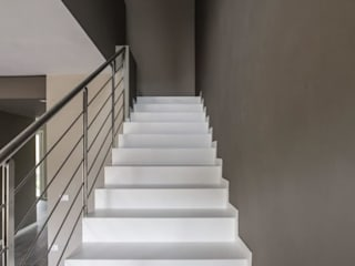 Modern Corridor, Hallway and Staircase by Bianchetti Modern