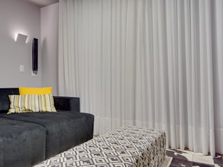 Media room by Juliana Lahóz Arquitetura, Modern