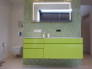 Haus M mussler gesamtplan gmbh Moderne Badezimmer