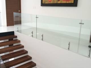 Pasillo, hall y escalera: Pasillos y recibidores de estilo  por AParquitectos