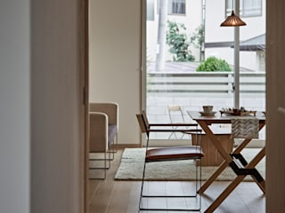 CLAIR KORAKUEN: toki Architect design officeが手掛けたリビングです。