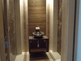 Baños de estilo ecléctico de Atelier Ana Leonor Rocha Ecléctico