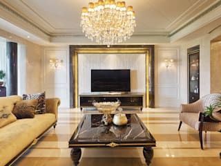Living room by Gracious Luxury Interiors, Classic
