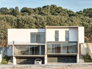 Minimalist houses by La Desarrolladora Minimalist