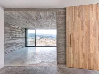 La Desarrolladora 走廊 & 玄關 水泥 Grey