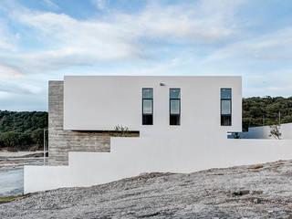 Casas Cuatas en el Fraccionamiento Los Robles Bosque de la Primavera Jalisco: Casas de estilo minimalista por La Desarrolladora