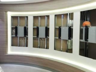 REMODELACION DE AGENCIAS BANCARIAS: Oficinas de estilo  por BIANGULO DISEÑO Y CONSTRUCCION S.A.C.