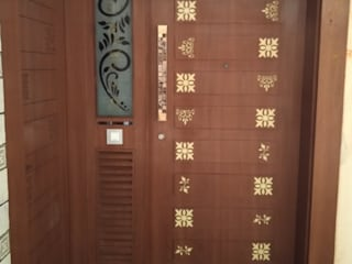 Main Door in CNC cutting design Asian style windows & doors by Shape Interiors Asian Plywood