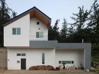 도곡리 주택 Casas modernas de 위드하임 Moderno