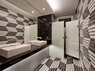 Lavabo do Café - Casa Cor RS 2009: Banheiros  por Felzemburgh & Menezes arquitetura e engenharia ,Moderno