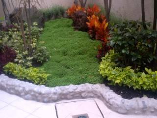 SERVICIOS MULTIFUNCIONALES Modern Garden Tiles White