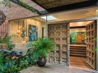MARVIN FARR ARCHITECTS Pasillos, vestíbulos y escaleras de estilo ecléctico