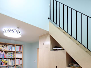 봉산리 주택 위드하임 ทางเดินแบบเอเชียห้องโถงและบันได Wood effect