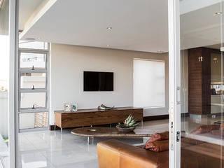 Living room by FRANCOIS MARAIS ARCHITECTS, Modern