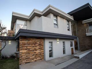 Casas estilo moderno: ideas, arquitectura e imágenes de FRANCOIS MARAIS ARCHITECTS Moderno