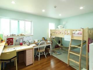 송현리 주택 Детская комната в азиатском стиле от 위드하임 Азиатский