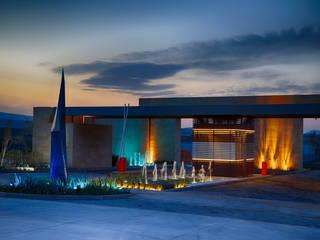 Alto Lago Residecial Casas modernas de ALTO LAGO RESIDENCIAL Moderno