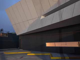 NAVE / GRUPO SPAZIO:  de estilo  por Oscar Hernández - Fotografía de Arquitectura