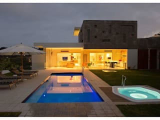 CA Architects Modern pool