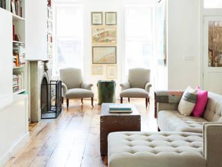 Living room by Lorraine Bonaventura Architect
