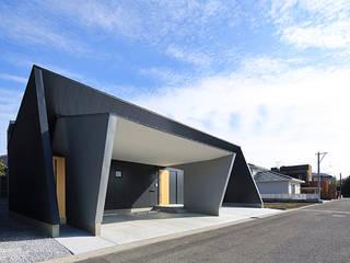 House-KNMR【 Lberg 】 モダンな 家 の bound-design モダン