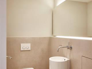 SALLIER WOHNEN SYLT 現代浴室設計點子、靈感&圖片 砂岩 Beige