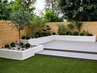 Small, low maintenance garden by Yorkshire Gardens Мінімалістичний