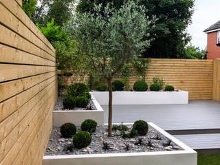 Jardines de estilo minimalista por Yorkshire Gardens