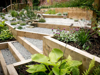 Modern Garden with a rustic twist Yorkshire Gardens Сад