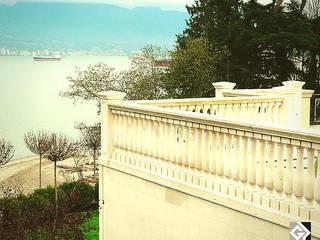 Grassi Pietre srl Classic style balcony, porch & terrace Stone White