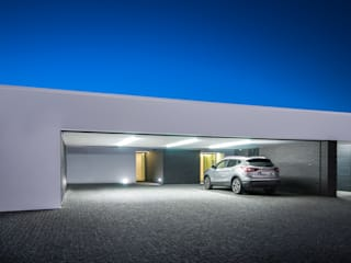 Double Garage by ARTEQUITECTOS
