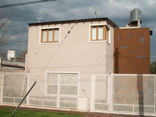 Houses by Alvarez Farabello Arquitectos, Modern