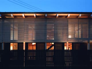 yawatahama house: 髙岡建築研究室が手掛けた家です。,和風